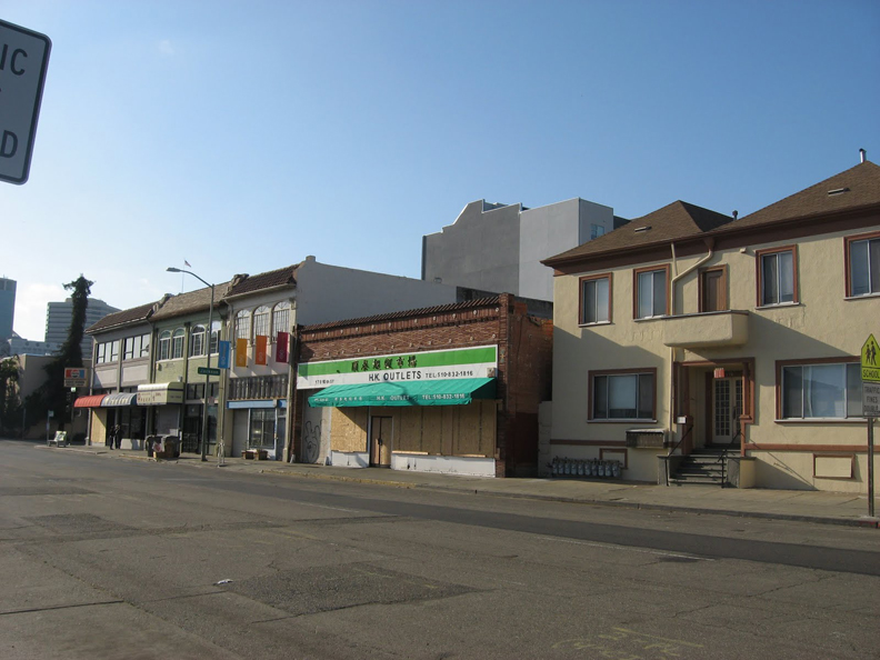 Oscar-Grant-Mehserle-verdict-boarded-stores-empty-street-Oakland-070810-by-Wanda, Oakland says Johannes Mehserle is guilty, Local News & Views
