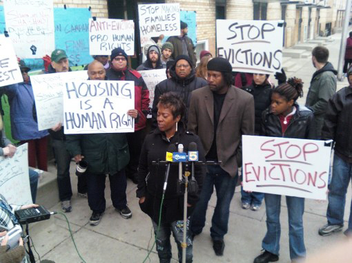 Chicago-Anti-Eviction-Campaign-defends-public-housing-family-from-eviction1, Taking back homes from the banks: Exercising the human right to housing, National News & Views
