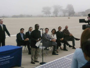 Jesse_Mason_pledges_comy_enforcement_of_green_jobs_promise_Sunset_Reservoir_solar_project_signing_ceremony_051509-300x225, Green jobs: Reality check at Sunset Reservoir, Local News & Views