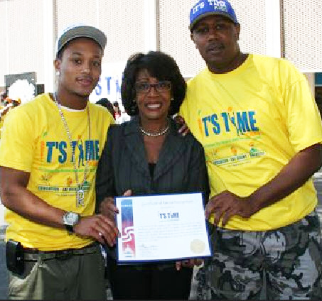 Maxine-Waters-presents-cert-of-recog-to-Percy-Romeo-Miller-Jr.-Percy-Master-P-Miller-at-Its-Time-to-Fatten-Our-Brain-Not-Our-Body-LA-042310-by-waters.house_.gov_1, Ethics case: Debro reveals probe's motives, Waters fights back with the facts, National News & Views