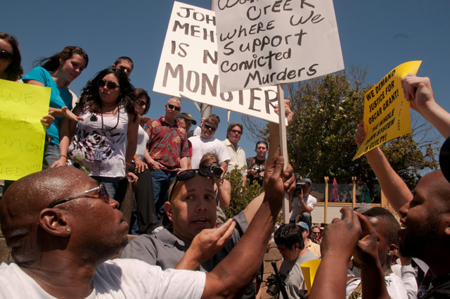 Oscar-Grant-Mehserle-rally-Walnut-Creek-071910-1-by-Revolution, Cops push to 'Free Johannes Mehserle'; Oscar Grant forces push back, protest KTVU, Local News & Views