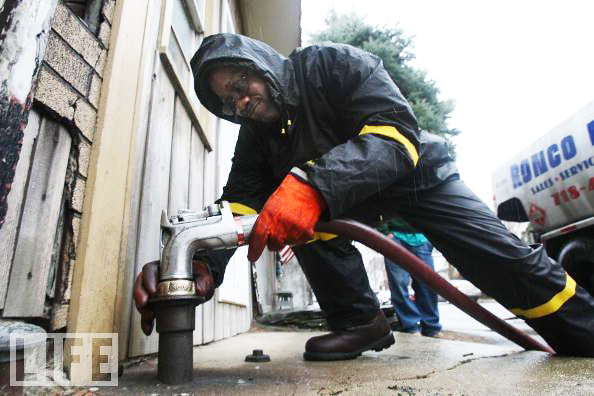 CITGO-funds-heating-oil-in-Bronx-030408-by-Mario-Tama-Getty-Images, Venezuela and climate change: Change the system, not the climate, World News & Views