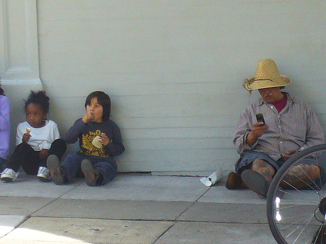 Sit-lie-on-Haight-Ashbury-by-Sidewalks-are-for-People, LA law: sit/lie in Los Angeles, National News & Views