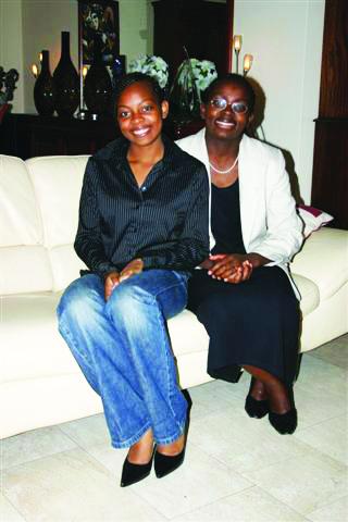 Raïssa-Victoire-Ingabire, Rwanda President Kagame jails, tortures leading opponent, World News & Views
