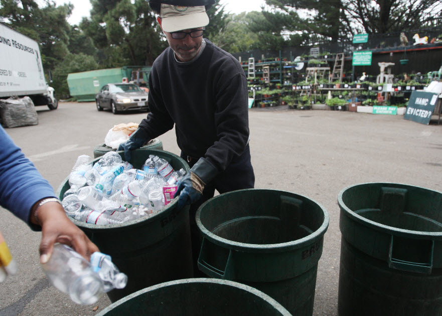 HANC-Haight-Ashbury-Neighborhood-Council-Recycling-Center-near-Kezar-36-years-threatened-1210-by-Cindy-Chew-SF-Examiner, Green gentrification: HANC threatened with eviction, Local News & Views