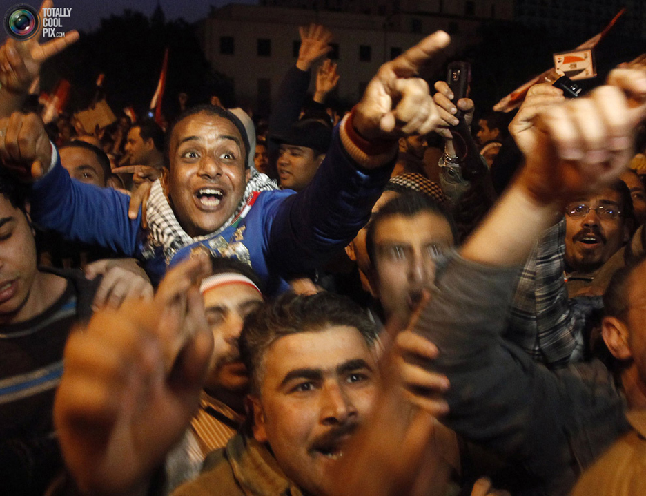 Egypt-Tahrir-Square-protesters-celebrate-021111-2-by-Suhaib-Salem-Reuters, The people have won!, World News & Views