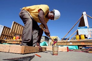 Black-carpenter-by-Bay-Citizen, Conservatives keep anti-local hiring bill on life support as attack on community-labor partnerships limps out of first committee hearing, Local News & Views
