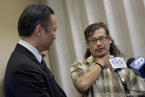 Jeff-Adachi-Joseph-Meires-choke-hold-victim-SFPD-video-press-conf-051111-by-Luke-Thomas-FogCityJournal.com_, More videos reveal illegal searches, theft, brutality by SFPD, Local News & Views