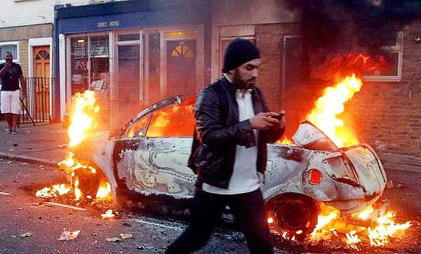 British-rebellion-car-burning-0811, London police target Black men: You say riots! We say insurrection!, World News & Views