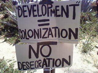Segorea-Te-Glen-Cove-sign-Development-Colonization-No-Desecration-073011-by-PNN, Reflections on the victorious resistance at Sogorea Te, Local News & Views