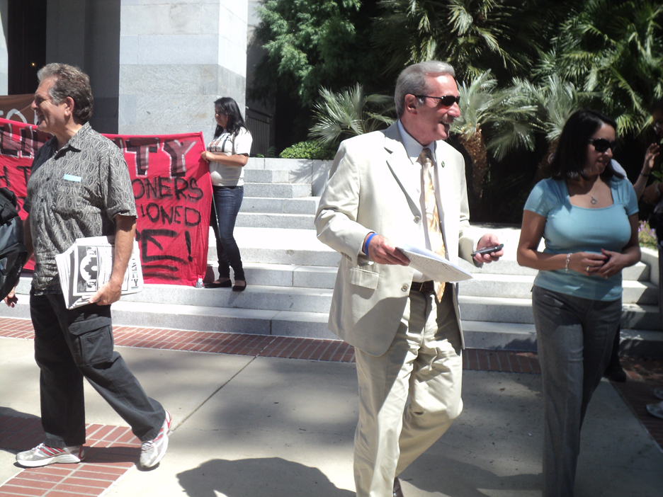 Assemblyman-Tom-Ammiano-leaves-rally-to-convene-hearing-on-PBSP-SHU-082311-by-Wanda, Hearing on Solitary Confinement: seeking compassion in the capitol, Behind Enemy Lines