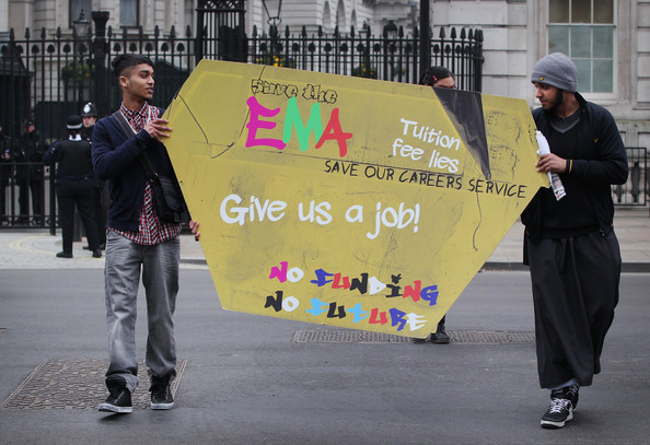 British-students-protest-unemployment-tuition-fees-Give-us-a-job-by-Peter-Macdiarmid-Getty-Images-Europe, Is Britain burning with racism and economic inequality?, World News & Views