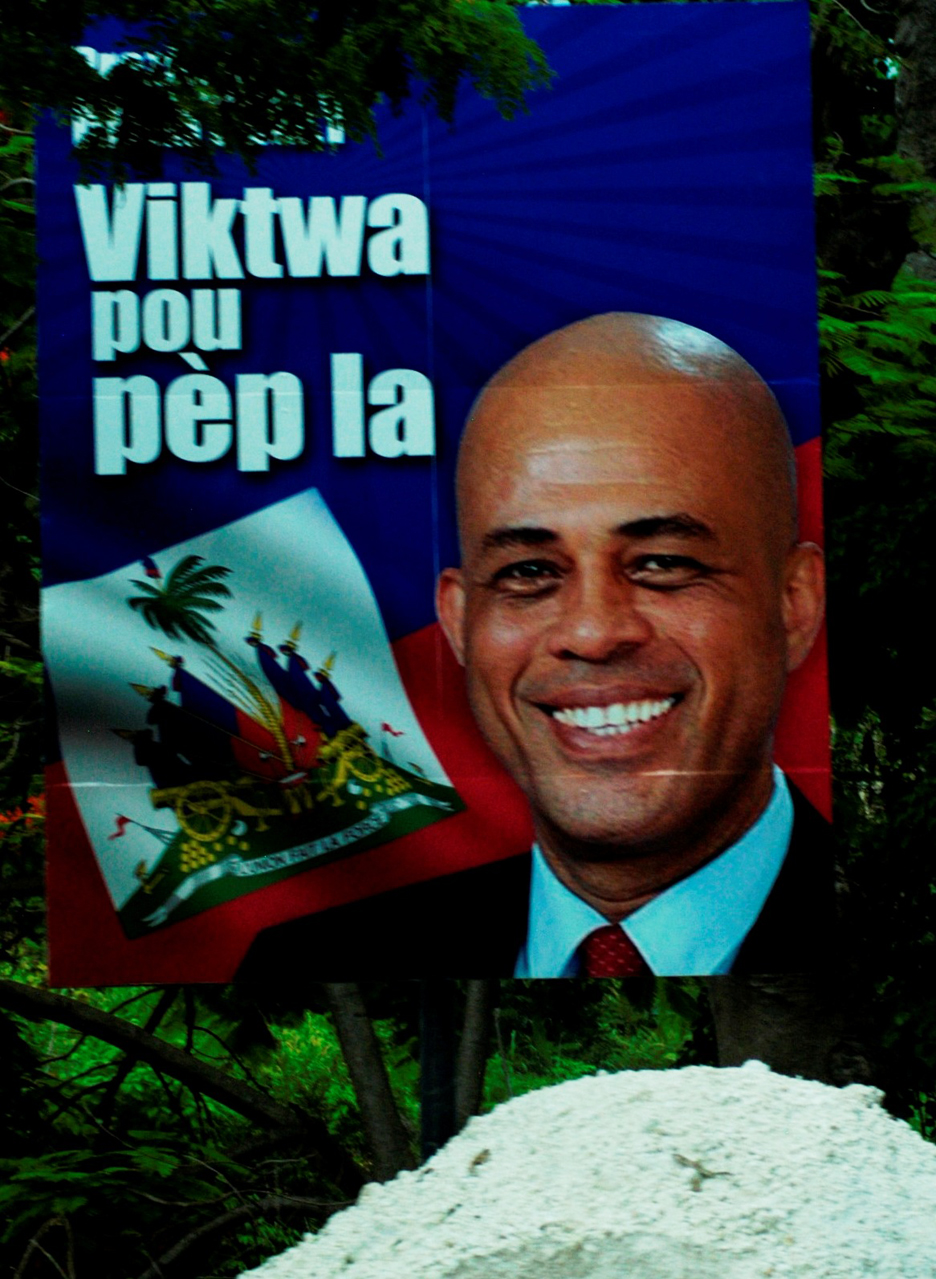 Martelly-poster-composite-by-Wadner-Pierre-web, Martelly still unable to appoint new prime minister, World News & Views