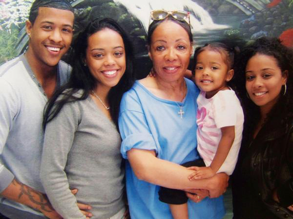 Patricia-Wright-and-family, Three Strikes holds dying innocent woman behind bars: Justice for Patricia Wright and her family!, Behind Enemy Lines