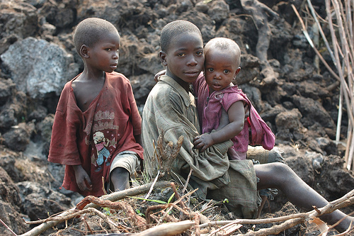 Children-of-Congo-Wars, Rwanda returns Congo minerals as more are smuggled in, World News & Views