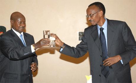 Ugandan-President-Yoweri-Museveni-Rwandan-President-Paul-Kagame-toast, Rwanda returns Congo minerals as more are smuggled in, World News & Views