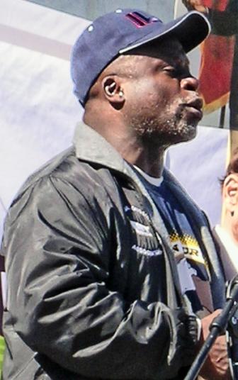 Leo-Robinson-by-Arturo-J.-Perez-Saad-Workers-World, ILWU veterans say, 'We don't cross community picket lines!', Local News & Views