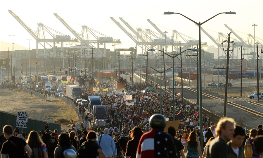 Occupy-Oakland-General-Strike-view-from-Adeline-St.-Bridge-to-Port-of-Oakland-110211, ILWU veterans say, 'We don't cross community picket lines!', Local News & Views