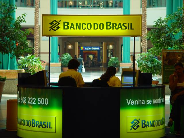 Banco-Do-Brasil1, Why all the robo-signing?, National News & Views
