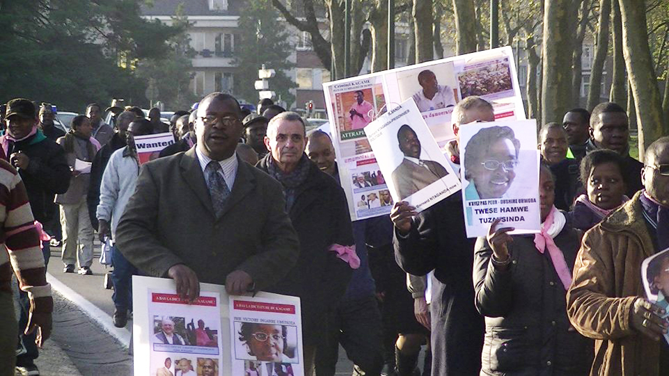 Belgian-Col.-Luc-Marchal-joins-Rwandans-marching-to-free-Victoire-all-political-prisoners-Brussels-111911-by-FDU-Inkingi, Rwanda will never be the same, after Victoire Ingabire's return, World News & Views