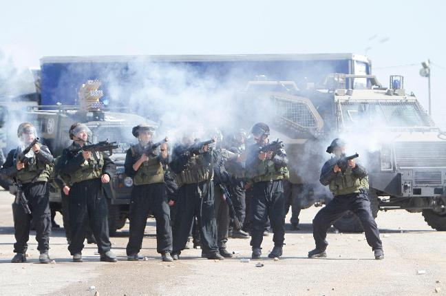 Israeli-Occupying-Force-fires-tear-gas-rubber-coated-steel-bullets-stun-grenades-at-hunger-strike-supporters-outside-Ofer-Prison-Ramallah-050112-by-PNN, 1,600 Palestinian prisoners on hunger strike since April 17, World News & Views