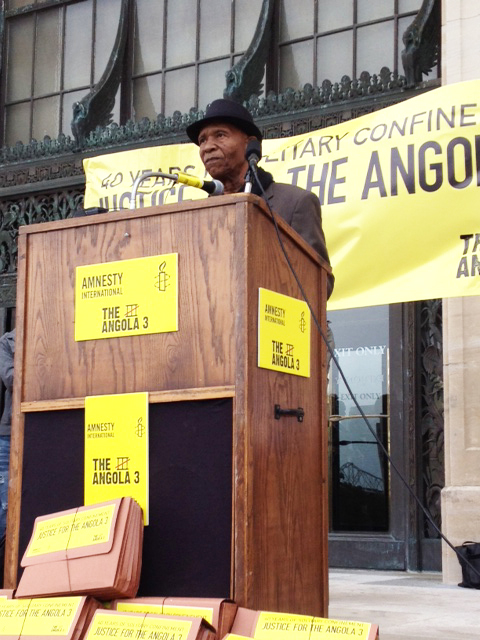 Robert-King-Angola-3-AI-press-conf-petition-delivery-to-Gov.-Bobby-Jindal-Louisiana-capitol-041712-by-A3-Coalition, Solitary confinement on trial: an interview with law professor Angela A. Allen-Bell, Behind Enemy Lines