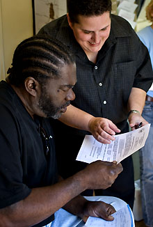 Community-health-worker-Tulane-mobile-clinic-New-Orleans-by-Paula-Burch-Celentano, City College awarded federal grant to streamline health care for former prisoners, Local News & Views