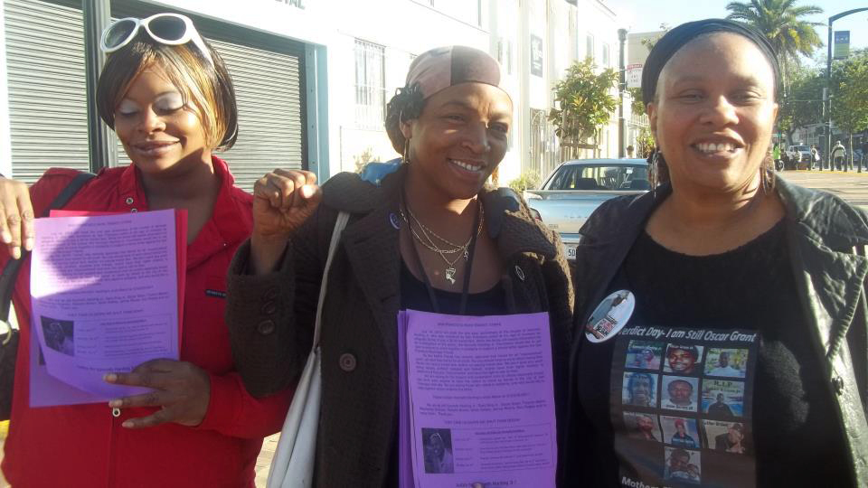 Denika-Chatman-friends-distribute-Kenneth-Harding-commemoration-fliers-071112-by-Kilo-G-Perry, Remembering Kenneth Harding: No stop 'n Frisco!, Local News & Views