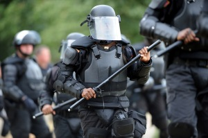 Georgia_Department_of_Corrections_riot_squad_by_Erik_S._Lesser_AFP-Getty_Images, Georgia: Eyewitness report on isolation, prison rebellion and work strike, Behind Enemy Lines
