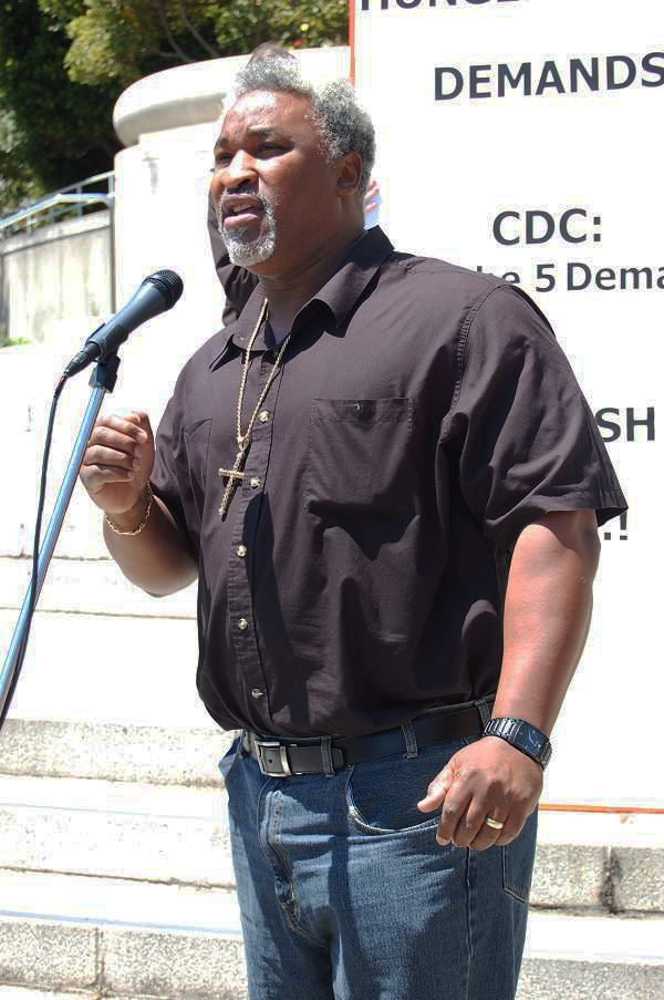 Jerry-Elster-rep_for_hunger_strikers-080111, Senate passes Prison Media Access Bill, National News & Views