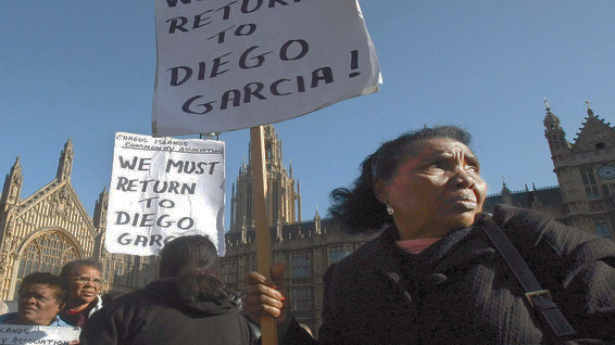 Chagossians-protest-outside-UK-Parliament-for-right-to-return-to-Diego-Garcia-Chagos-Archipelago-0912-by-AP, Obama in Africa: Mauritius, the Chagos Archipelago and the Indian Ocean, World News & Views
