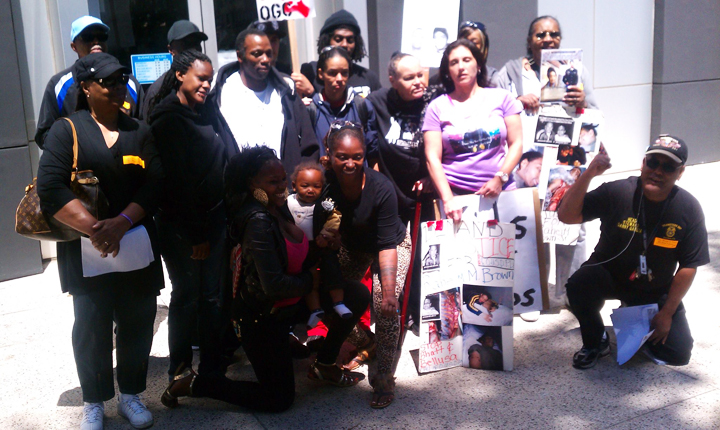 Justice-for-Raheim-Brown-rally-Oakland-police-station-by-Tiny, Murdered by police for being Black and poor, National News & Views