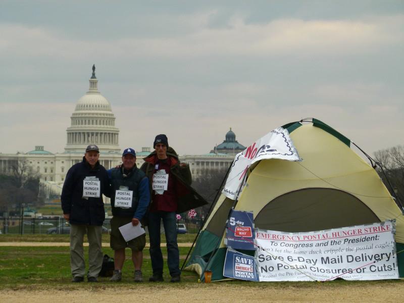 Postal hunger strike inc. Dave Welsh Washington Mall 1212 by Joe Piette
