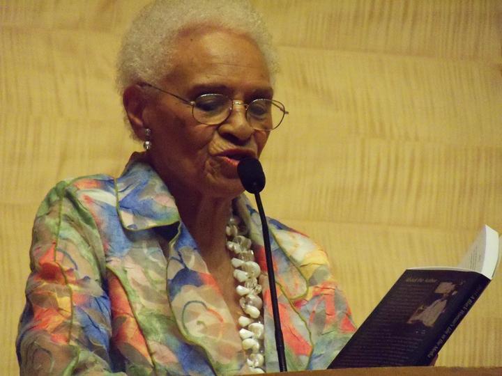 Jerri Lange reading from her memoir SF Main Library 022413 by Wanda, web