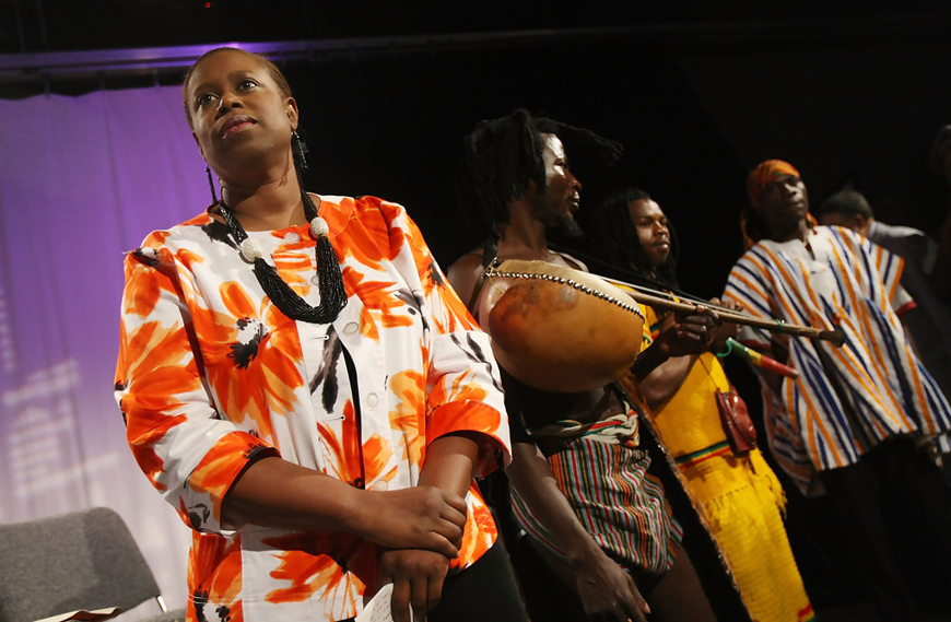 Cynthia McKinney presidential campaign rally NYC w Ghana musicians 071808 by Mario Tama, Getty Images