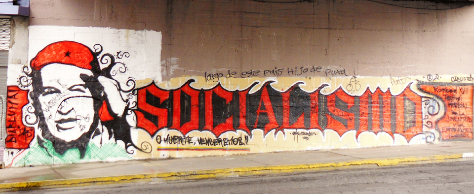 Hugo Chavez 'Socialismo' mural in Quito by Jonathan Nack