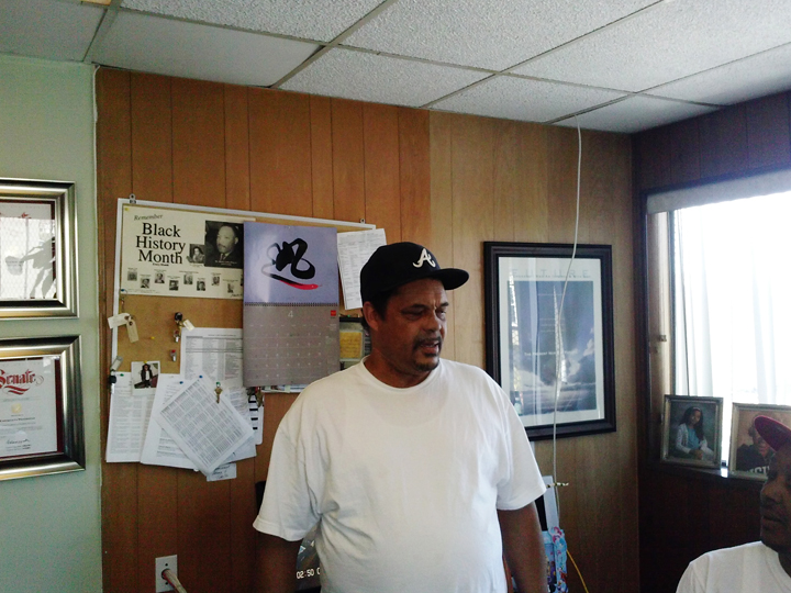 Mr. Wade, guest Mother BrownGÇÖs Kitchen and Drop-In Resource Center 0413 by Betty McGee