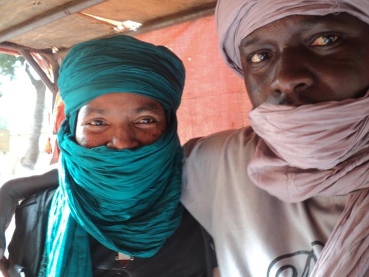 Wanda, Yacouba leaving Segou 0111, web