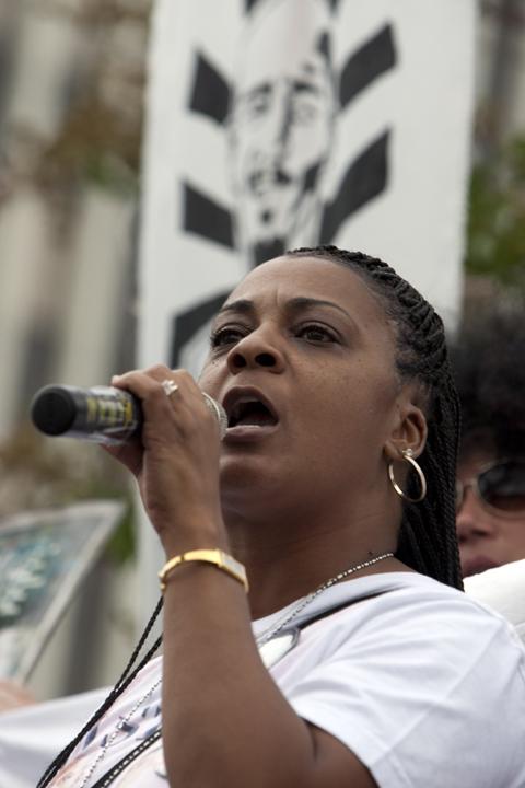 Anaheim-anti-police-murder-march-Jeralynn-Blueford-072113-by-Malaika-web, Mass march against police brutality in Anaheim: Basta ya!, National News & Views