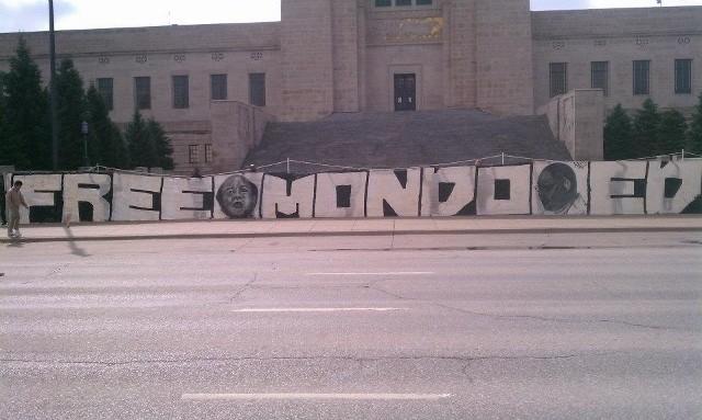 'Free Mondo, Ed' banner Nebraska State Capitol steps 031312 by Mary Ellen Kennedy