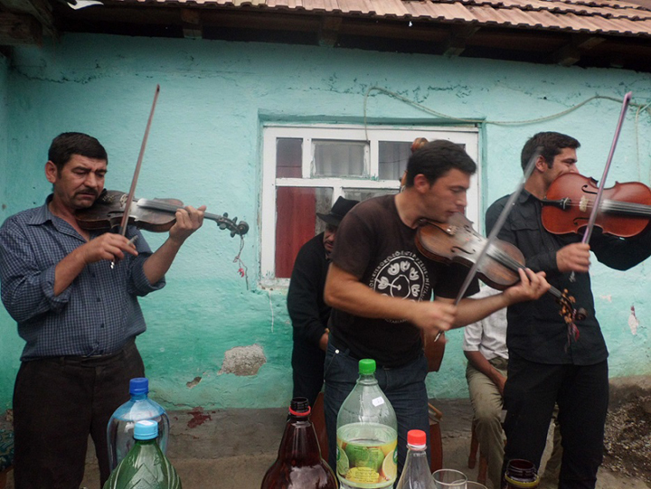 Gypsy-musicians-by-Chuck-Todaro, African Americans and the Gypsies: a cultural relationship formed through hardships, World News & Views