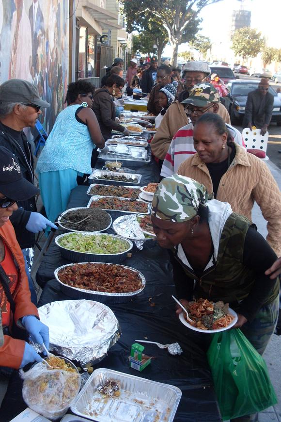 Dollar-Store-Thanksgiving-banquet-112213-by-Lynn-Daniels-Tha-Community-web, Third Street Stroll ..., Culture Currents