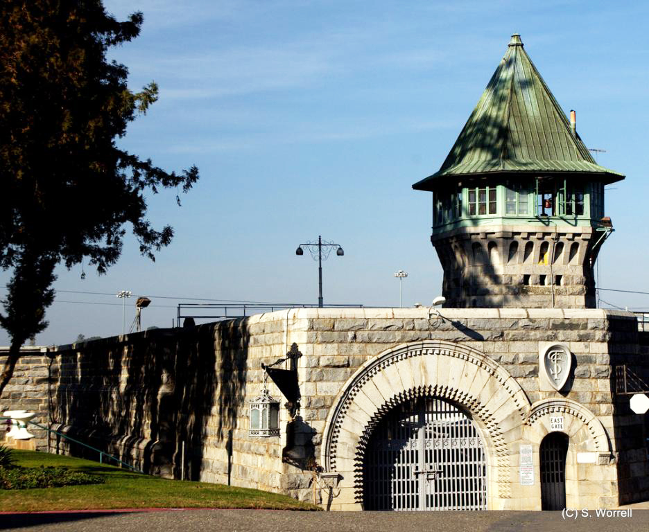 East Gate of Folsom Prison opened 1880 by Stephen Worrell, Flickr