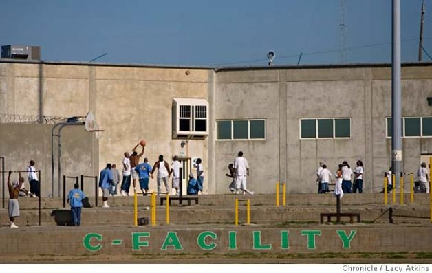 Folsom Prison 2 hrs a day exercise for C-Facility prisoners convicted violent crimes 110707 by Lucy Atkins, SF Chron
