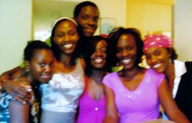 Alima-Kasongo-ctr-front-family, Alima Olga Kasongo, the Boondocks and the Congo, World News & Views