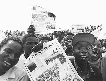 Youths-at-Freedom-Charter-demonstration-Soweto-1986-by-Paul-Weinberg, Gore-Mbeki Commission: Eyewitness to America betraying Mandela's South Africa, World News & Views