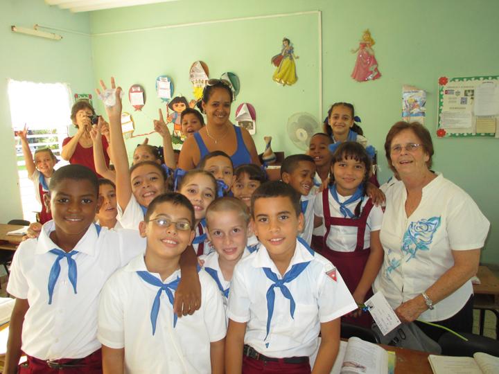 Richmond Regla Cuba Tour Tarnel Abbott, students, teacher Juan Blandino Elem. School, Regla 1213 courtesy Tarnel Abbott,