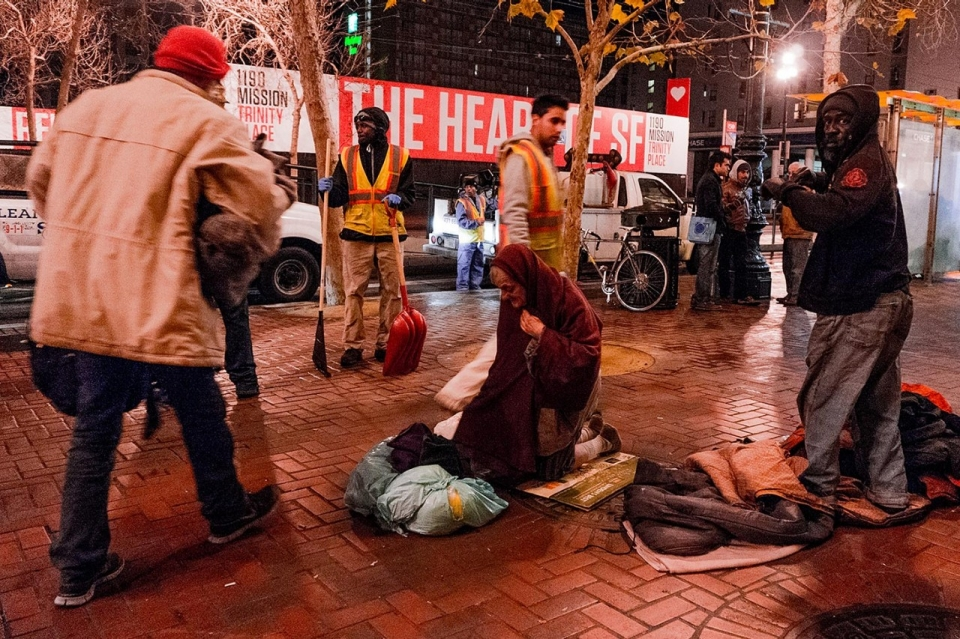 SF-DPW-prepares-to-hose-homeless-Market-St-sidewalk-0214-by-Mark-Richards-Al-Jazeera-America, UN Human Rights Committee finds US in violation on 25 counts, National News & Views