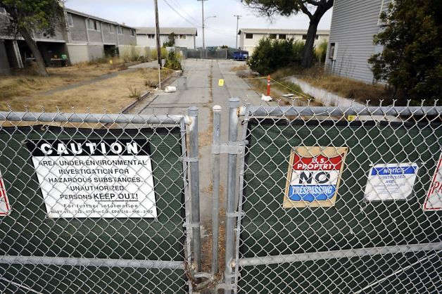 Treasure Island abandoned family housing radiation cleanup site near former nuclear war training facility by Michael Short, The Bay Citizen