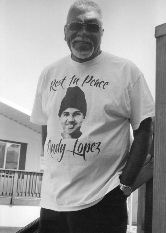 Big Man, a leader in resistance to – and healing from – police terror, wears his Andy Lopez T-shirt proudly. – Photo: Susanna Lamaina